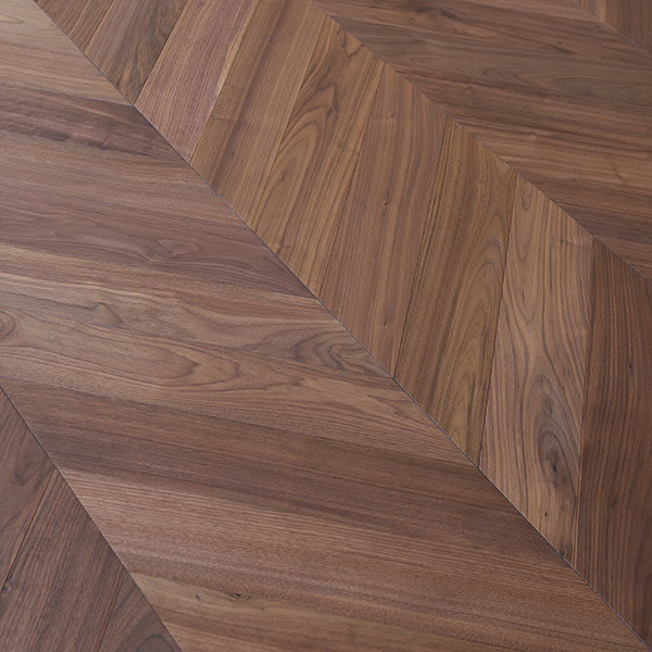 Drevená podlaha ORECH AMERICAN MERIBEL HERALP-MER010