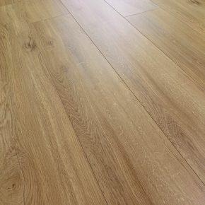 Laminátové podlahy 3784 DUB LUZERN SWPNOB3784/4 | Floor Experts